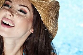 ۷ ماسک موی شگفت انگیزی که میتوانید در منزل تهیه کنید