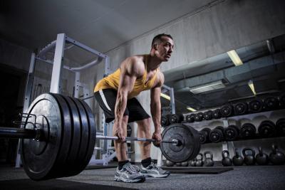 چطور حجم عضله را بالا ببریم,افزایش حجم عضلات,تمرین ددلیفت