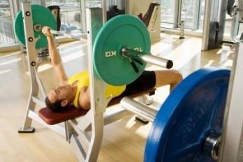 چگونه بیشتر عضله سازی کنیم؟
