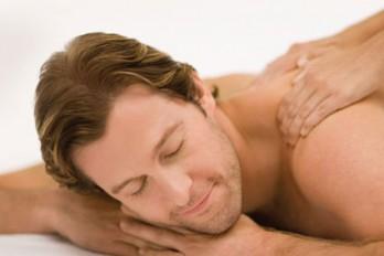 ماساژ درمانی برای کاهش درد کمر و گردن
