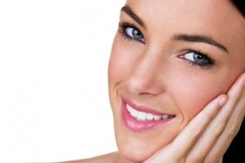پنج کاری که یک متخصص پوست هیچ وقت انجام نمیدهد!