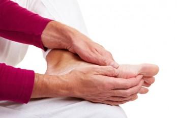 معمولترین عوامل ایجاد ترکهای ناشی از فشار در پاها