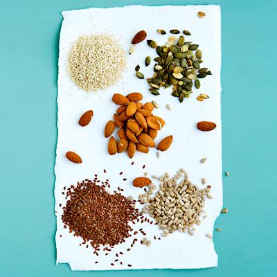 غذاهای مفید برای کاهش کلسترول خون,آجیل