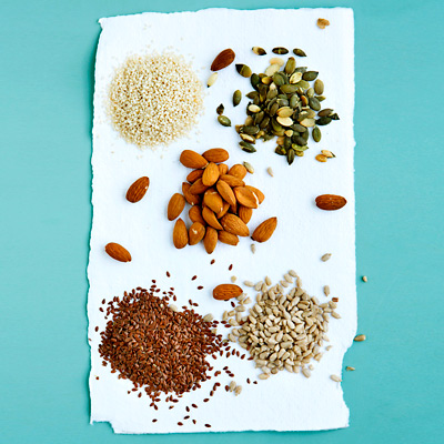 cholesterol lowering foods 04 ۸ ماده غذایی مفید برای کاهش کلسترول خون