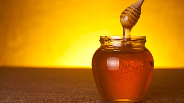 فواید شگفت انگیز عسل طبیعی