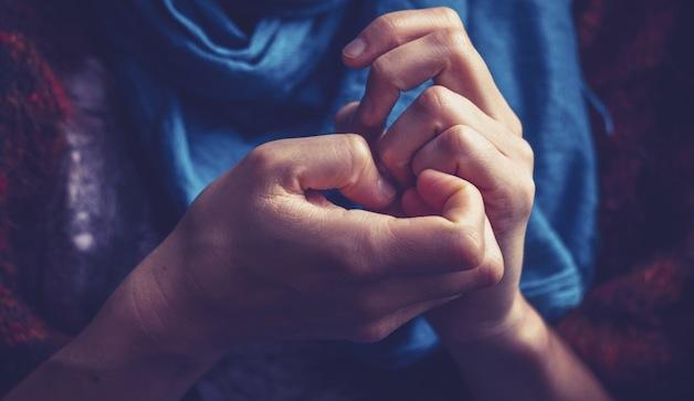 چگونه نگرانی را کنترل کنیم