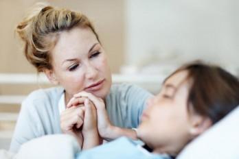 تاثیر صدای اعضای خانواده در درمان افرادی که به کما رفتهاند