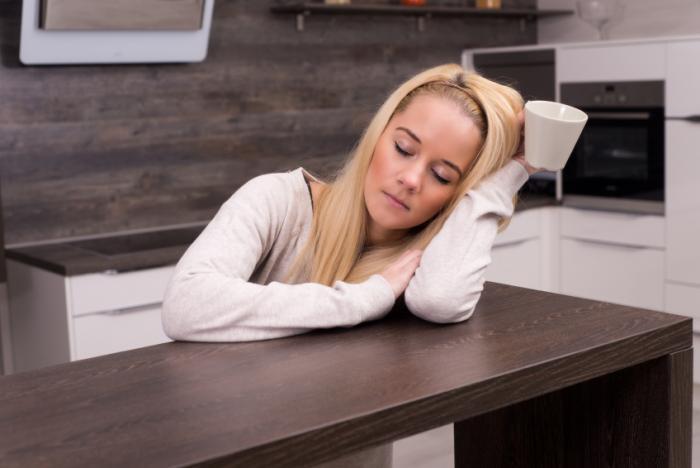 تاثیر بی خوابی بر فشار خون چیست؟ تحقیق کم خوابی و ریسک فشار خون