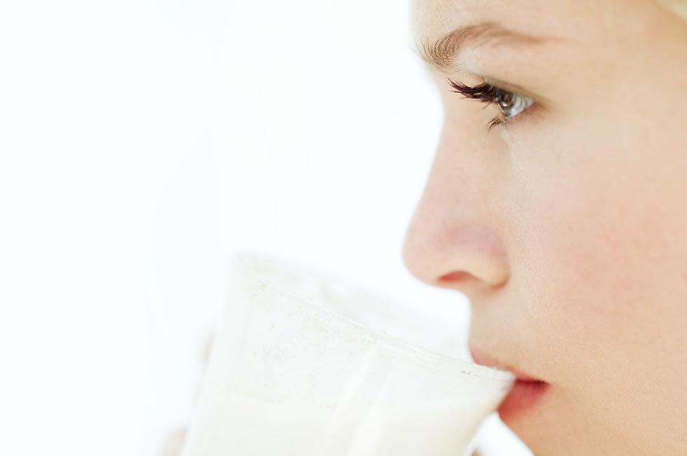 غذاهایی که باعث جوش صورت و آکنه میشود