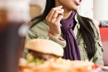 ۵ دلیل عجیبی که باعث توقف کاهش وزنتان شده است