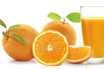 تقویت مغز سالمندان با نوشیدن آب پرتقال