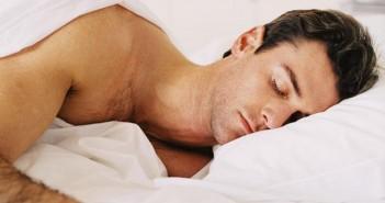 چرا در خواب عرق میکنیم؟