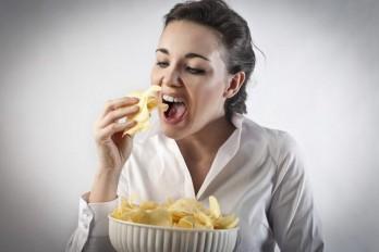 ۵ راه درمان اعتیاد به خوردن غذا