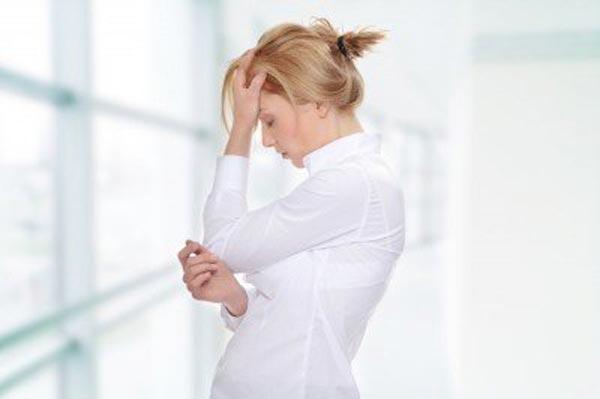 علایم کمبود تستسترون در زنان