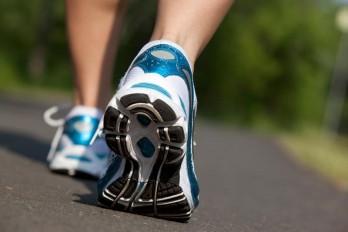۵ واکنش بدن هنگام پیاده روی