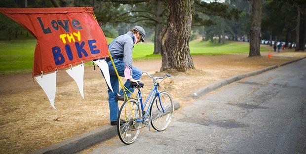 تحقیق درباره دوچرخه سواری و تاثیر آن بر شادی