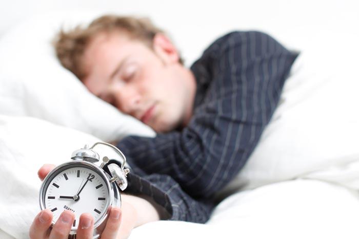 عوارض محرومیت از خواب