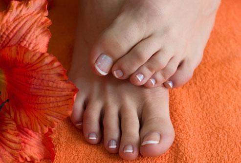 انواع مشکلات رایج پاها - مشکل ناخن پا - مشکلات پوستی پاها