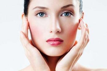 ۱۲ راز زیبایی که متخصصان پوست از آن استفاده میکنند