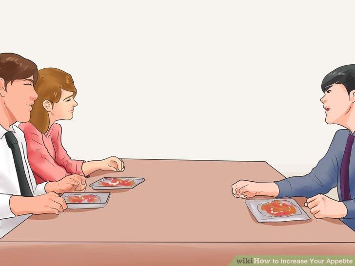 راههای افزایش اشتها - از تنها غذا خوردن اجتناب کنید