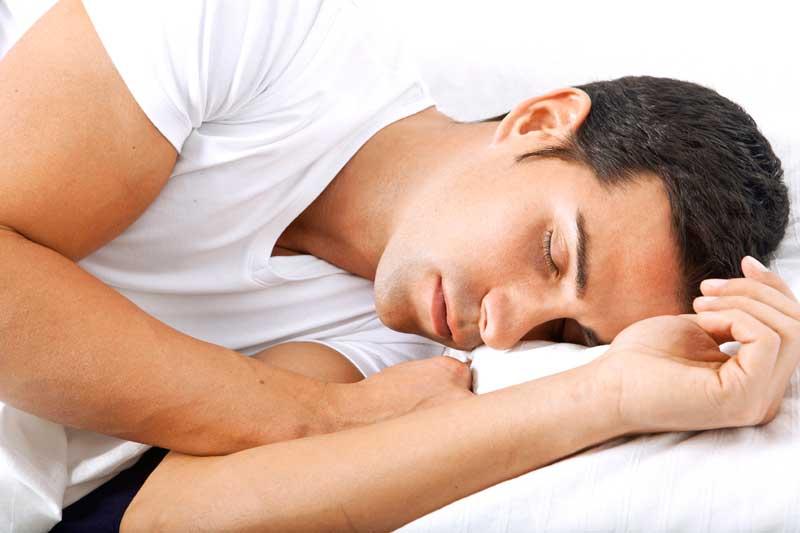 چگونه با خوابیدن لاغر شویم؟ کاهش وزن با خواب