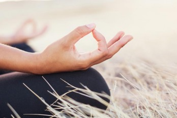 ۱۰ قدم ساده برای شروع یک تمرین مدیتیشن