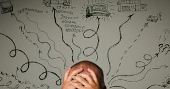۵ مورد از علایمی که نشان میدهد شما بیش از حد فکر میکنید