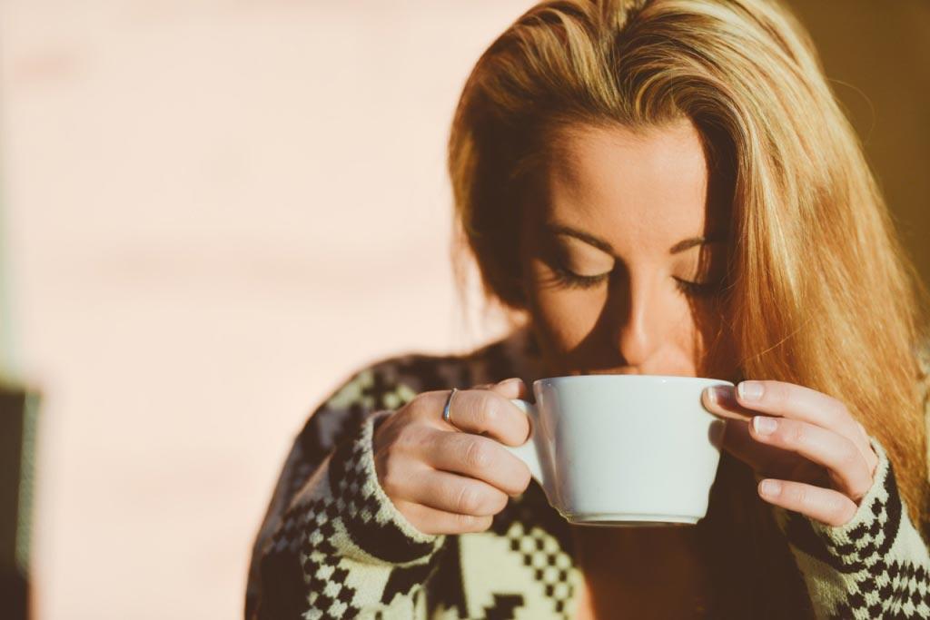 عوارض مصرف زیاد کافئین