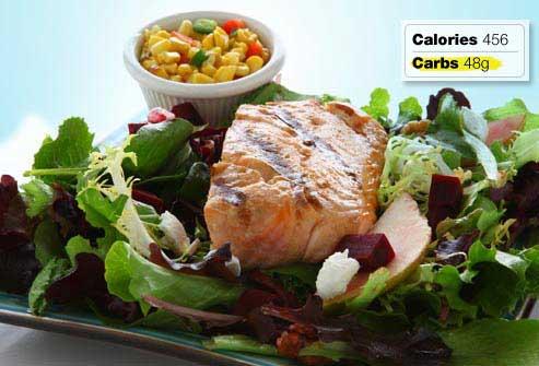 غذاهای مفید و مضر برای صبحانه افراد دیابتی,ماهی گریل شده به همراه سبزیجات