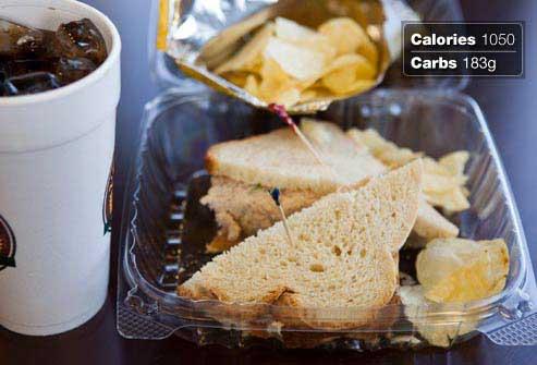 غذاهای مفید و مضر برای صبحانه افراد دیابتی,ساندویچ تن ماهی