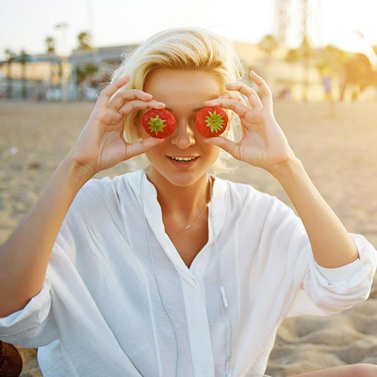 برای درمان آفتاب سوختگی چه بخوریم,درمان آفتاب سوختگی