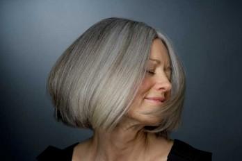 چگونه موهای خود را سفید و خاکستری رنگ کنیم؟