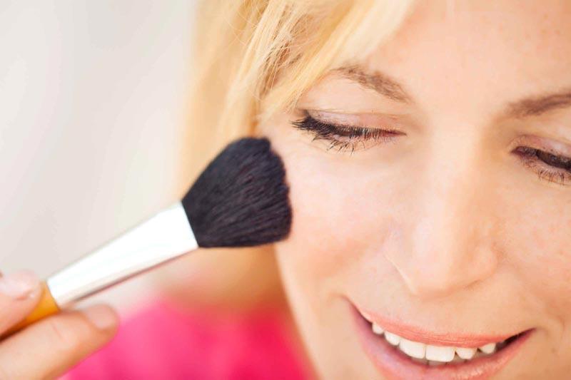 پاک کردن آرایش برای سلامت پوست
