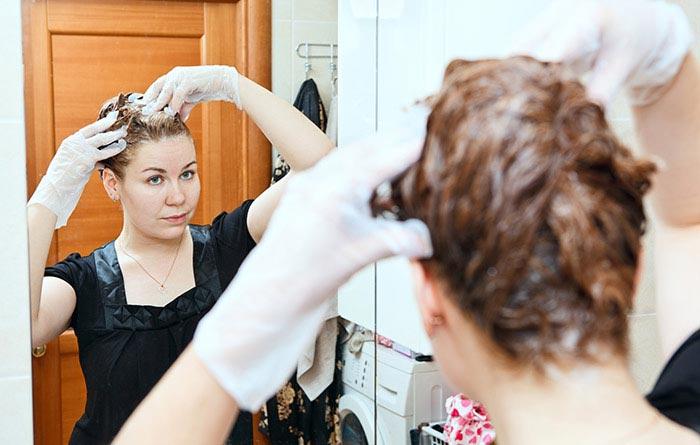 چگونه موهای خاکستری را با حنا رنگ کنیم؟