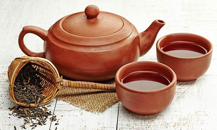Boil-Black-Tea-Leaves