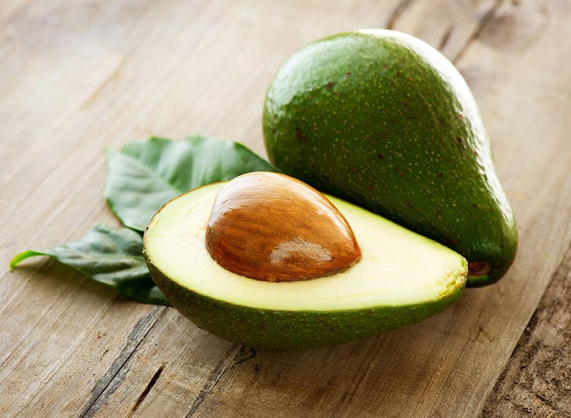 avocado-with-pit آووکادو