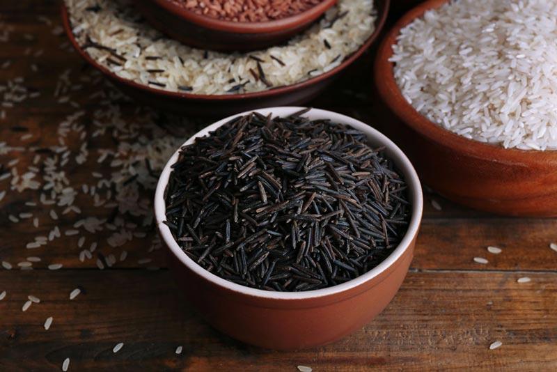 برای صاف شدن شکم چه بخوریم,رژیم غذایی شکم تخت,black-rice-love-handles برنج سیاه
