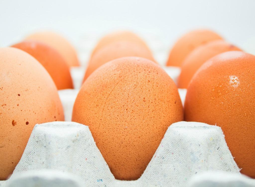 برای صاف شدن شکم چه بخوریم,رژیم غذایی شکم تخت,eggs-healthiest-cheap-food تخم مرغ