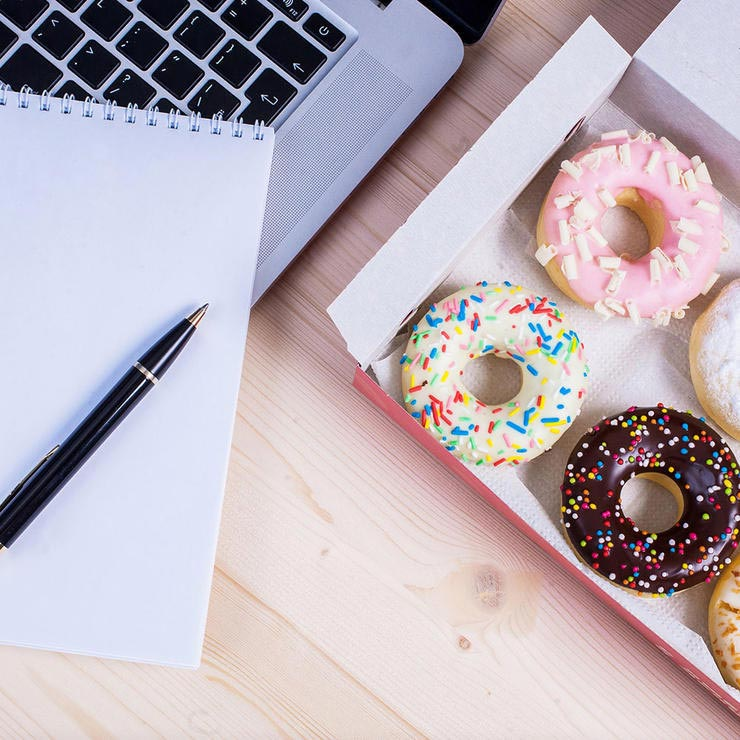 office-donuts-دونات