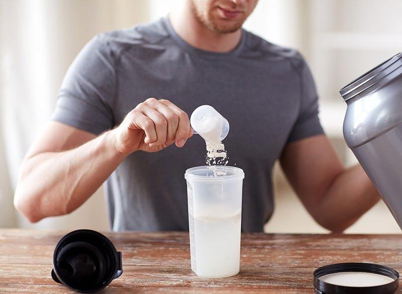 برای صاف شدن شکم چه بخوریم,رژیم غذایی شکم تخت,protein-powder-nutritional-supplement پودر پروتئین