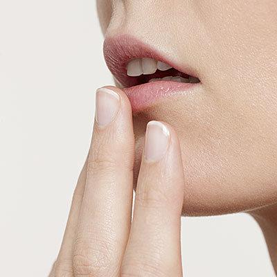 پیشگیری از سرماخوردگی و انفلوانزا,dont-touch-lips-400x400