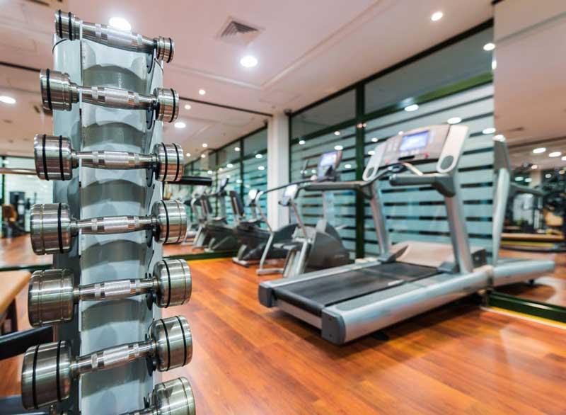 ورزش برای آب کردن چربی پشت کمر,hotel-gym