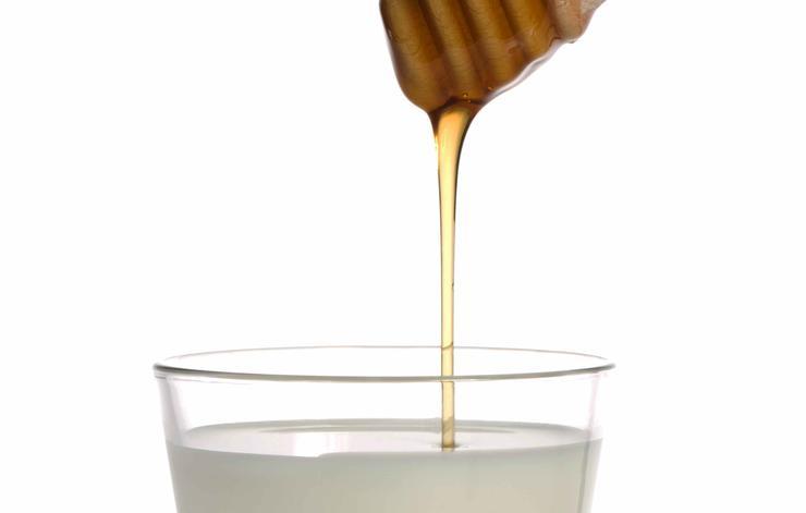 درمان خشکی پوست,شیر و عسل