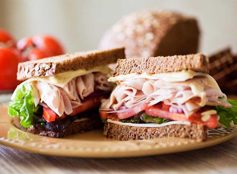turkey-deli-style-sandwich
