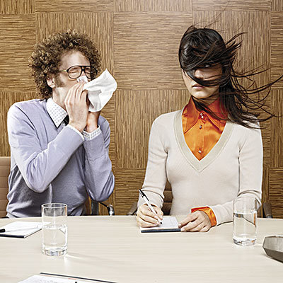 آنفلوانزا و سرماخوردگی,turn-away-sneezer-400x400