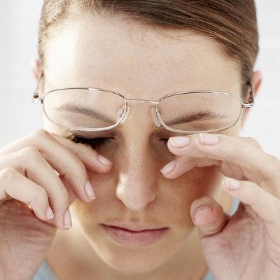مراقبت از سلامت چشم,مالش چشم