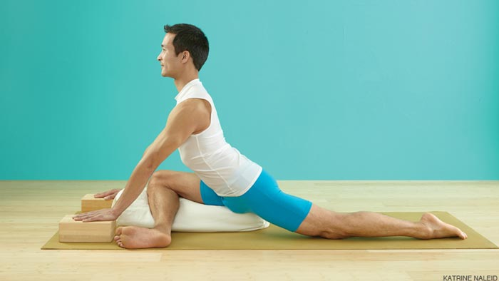 Pigeon Pose - ورزش یوگا برای کمردرد - 7 حرکت یوگا برای دیسک کمر