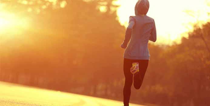 بهترین تمرینات ورزشی برای شروع روز