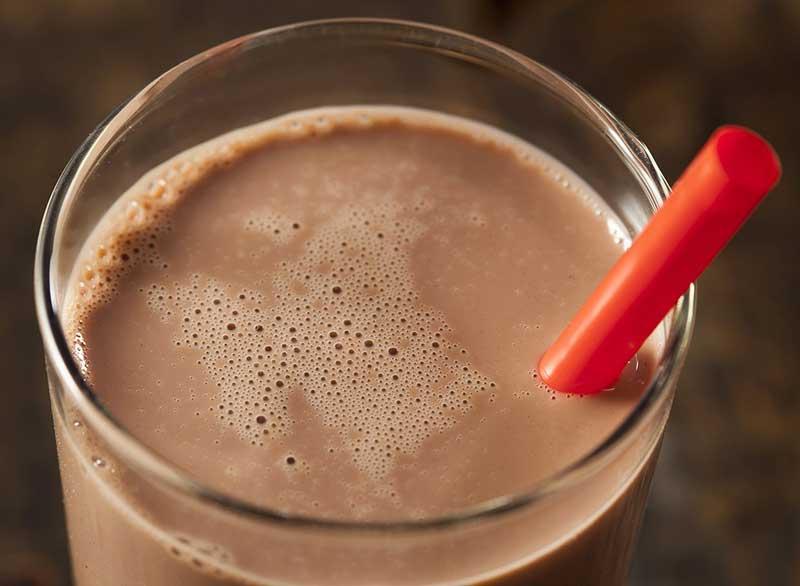 رژیم لاغری کربوهیدرات,chocolate-milk-8-perfect-fitness-foods شیرکاکائو