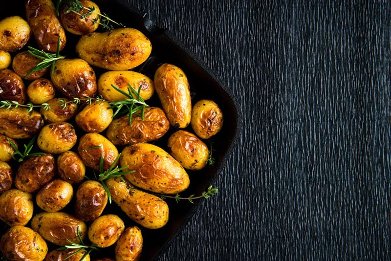 fall_food_weight_loss_roasted_potatoes سیب زمینی پخته